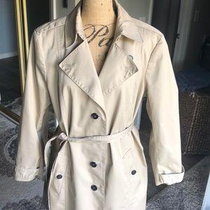 ANN TAYLOR trench coat. XXL